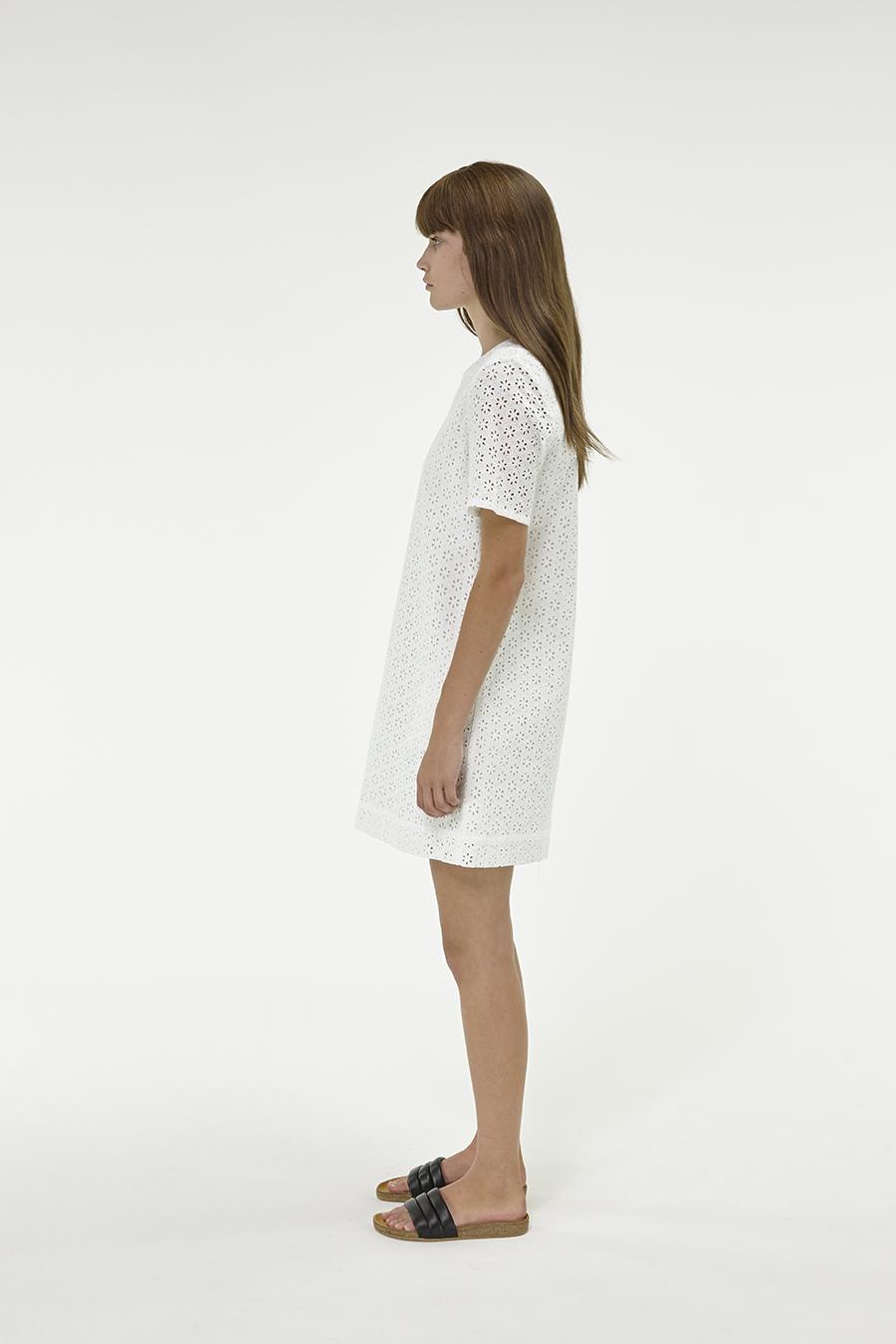 Huffer_Q3-16_W-Hope-Shell-Dress_White-02