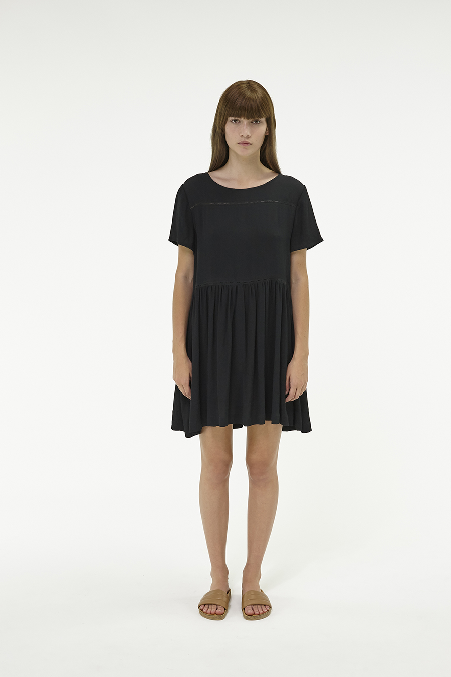 Huffer_Q3-16_W-Park-Dress_Black-01