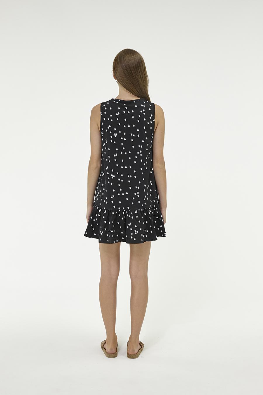 Huffer_Q3-16_W-Port-Volley-Dress_Black-03