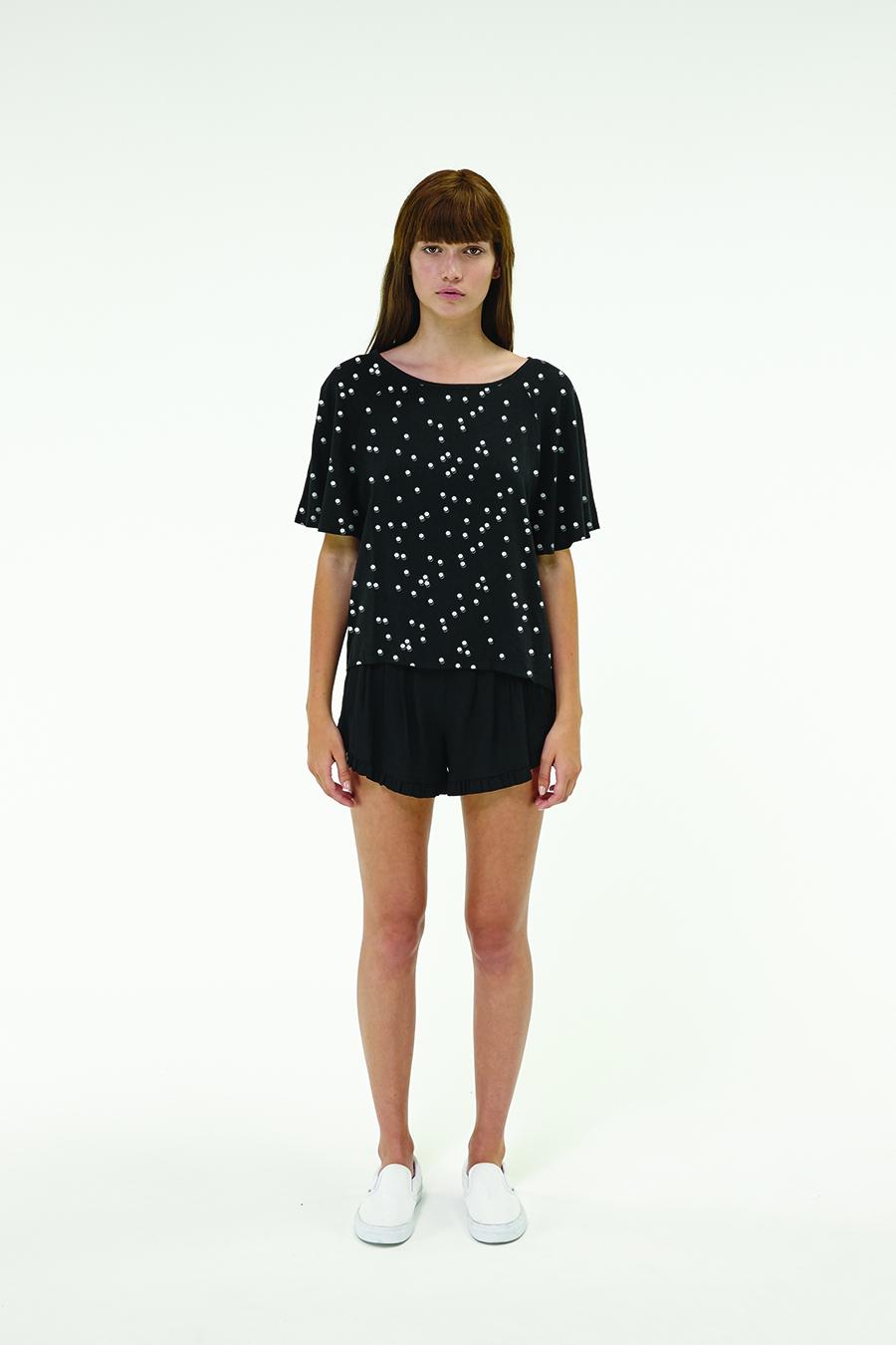 Huffer_Q3-16_W-Rosie-Volley-Top_Black-01