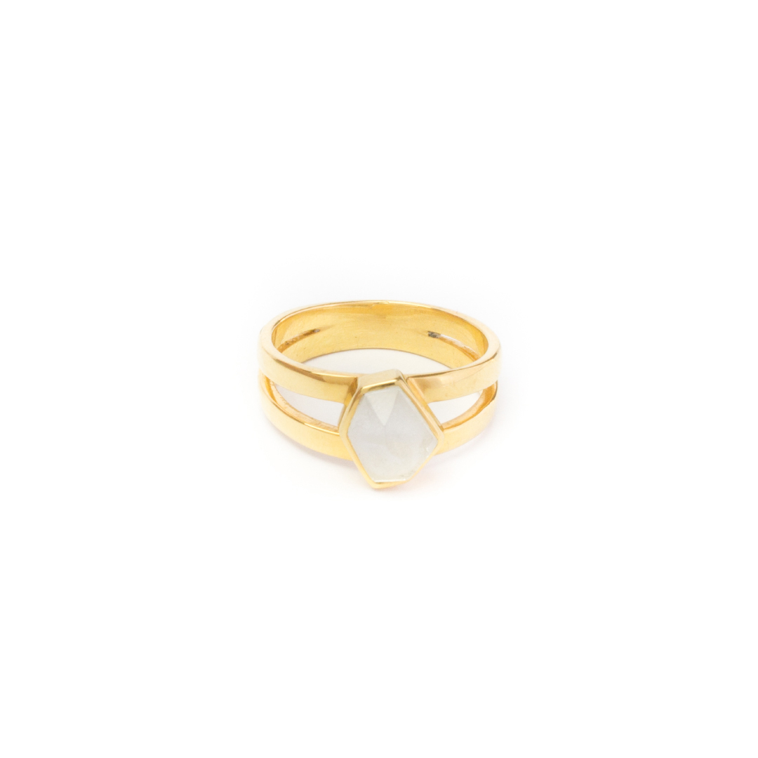 flash-jewellery-moonlight-ring-front-gold