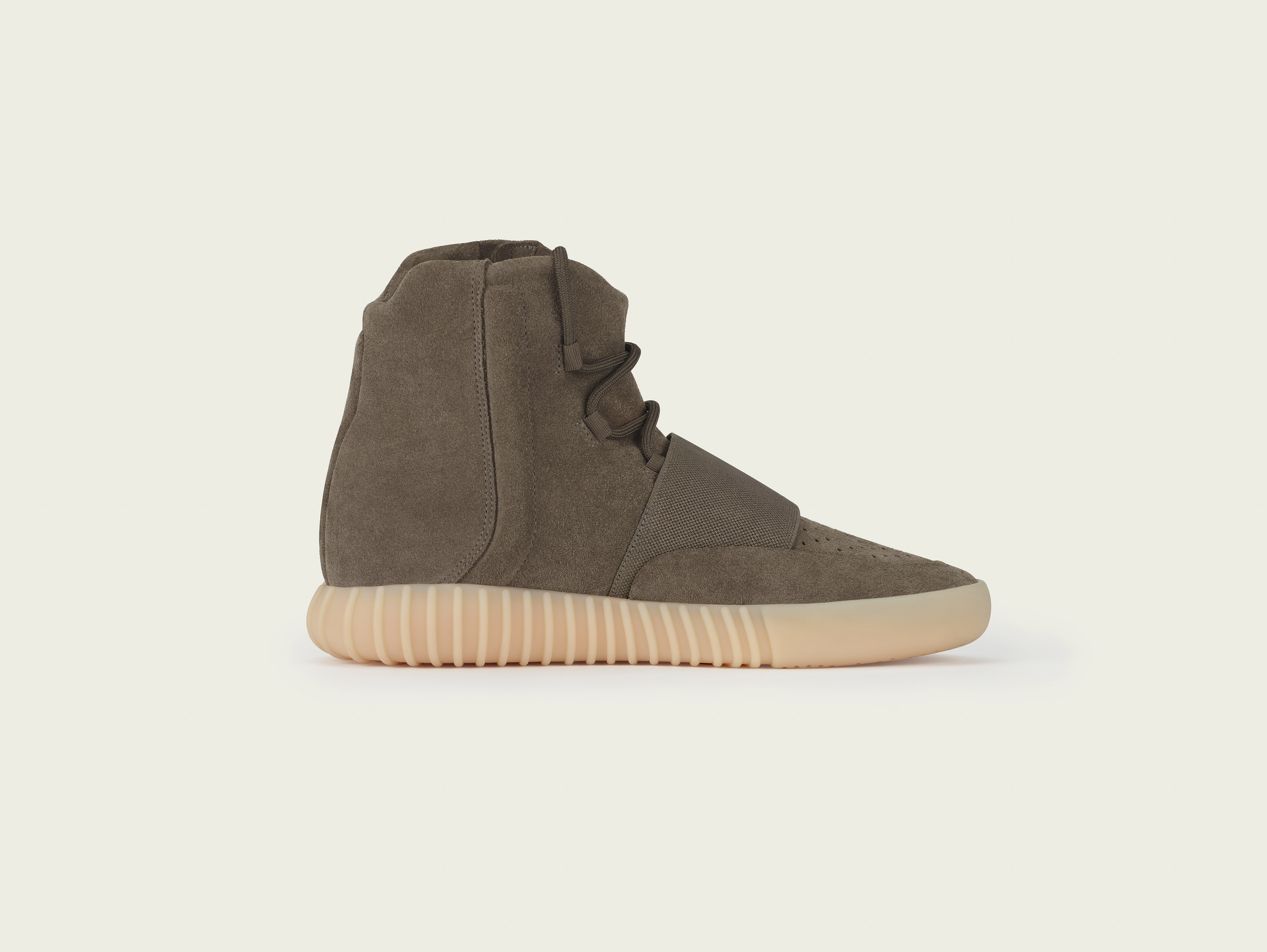 stills_yeezy750_brown_pr4