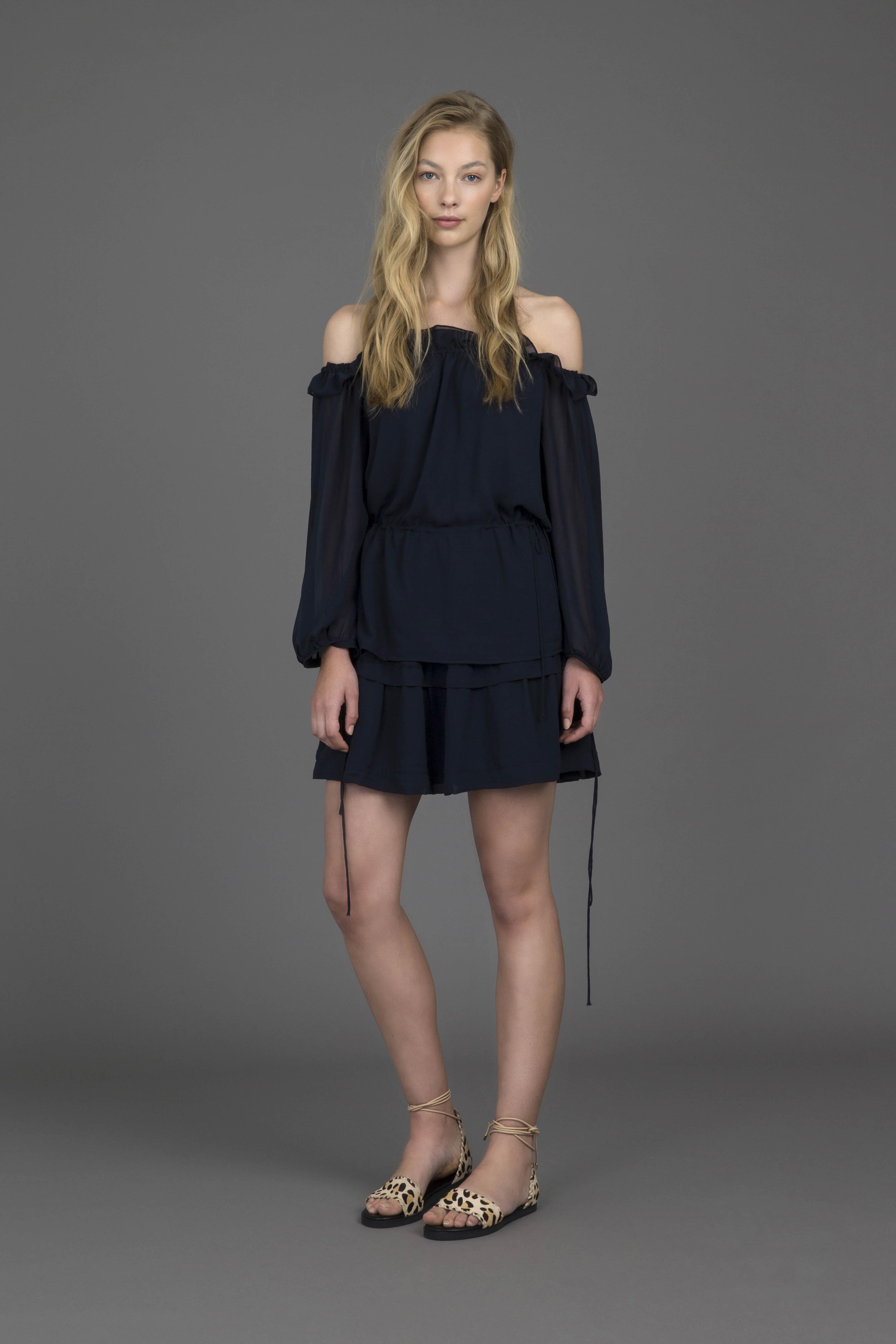 ruby-verse-1-0-blouse-verse-1-0-miniskirt