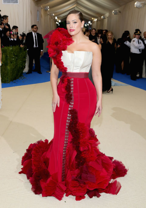 Ashley Graham wearing H&M