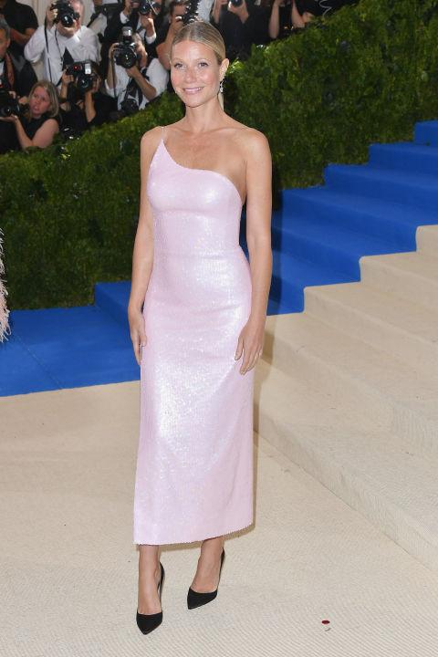 Gwyneth Paltrow wearing Calvin Klein