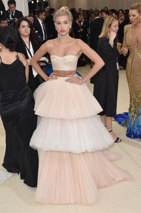 Hailey Baldwin wearing Carolina Herrera
