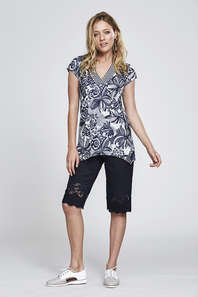 MS159 Florl Fizz Top MS96 Laser Cut Short