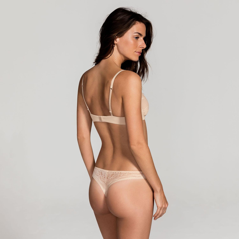DORINA_Onbody_Isabelle_D17680A-B60_Non_Padded_Bra_D00565M-B60_String_Nude_Kat_B