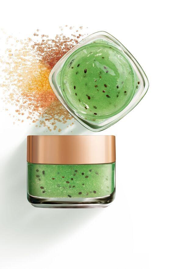 L'Oréal Paris Smooth Sugars Clearing Scrub RRP$19.99 (CREATIVE)_preview
