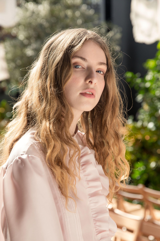 MAGGIE MARILYN HAIR 8