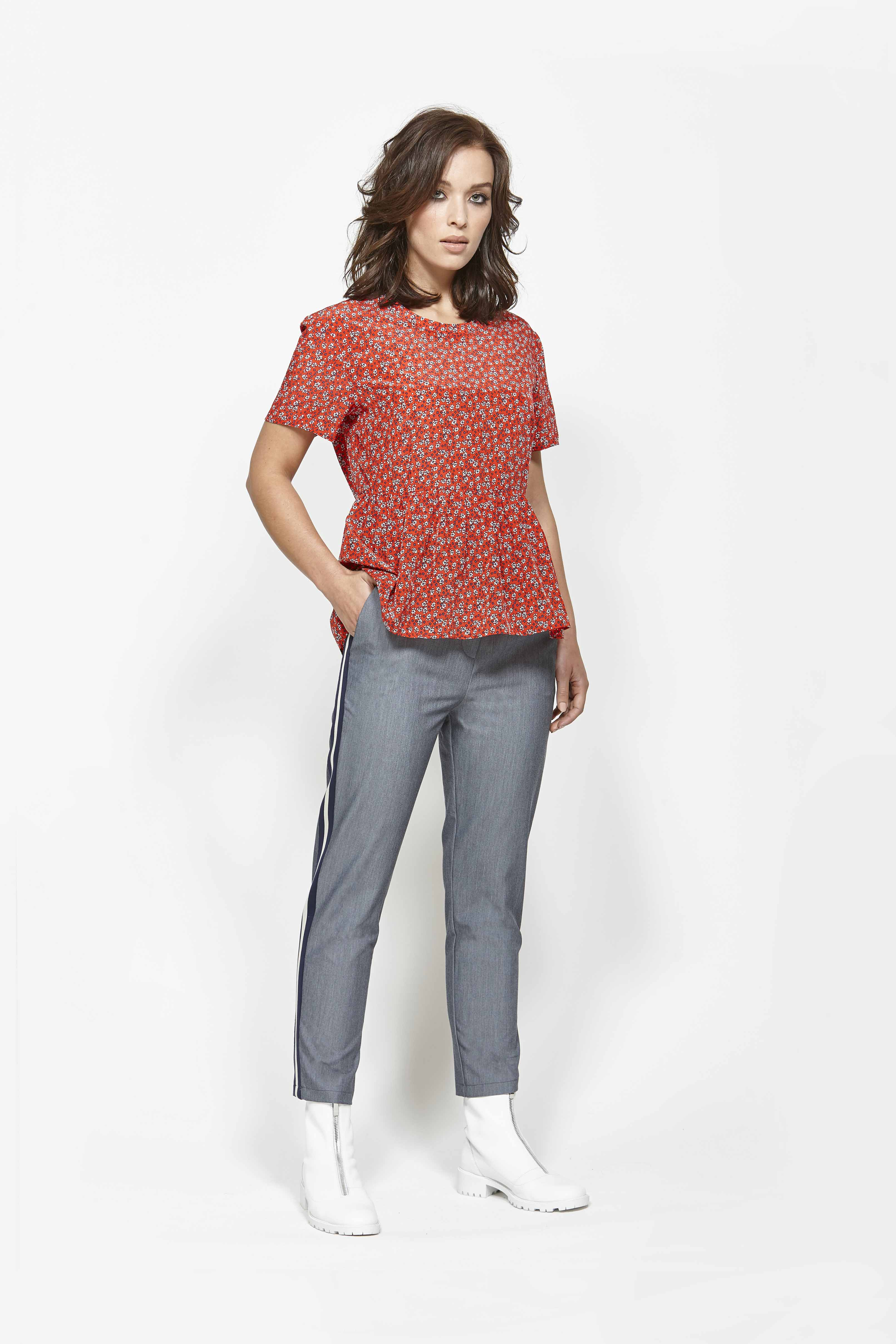 LEO+BE LB1362 Structure Top, RRP$135.00 & LEO+BE LB1348 Break Pant, RRP$135.00