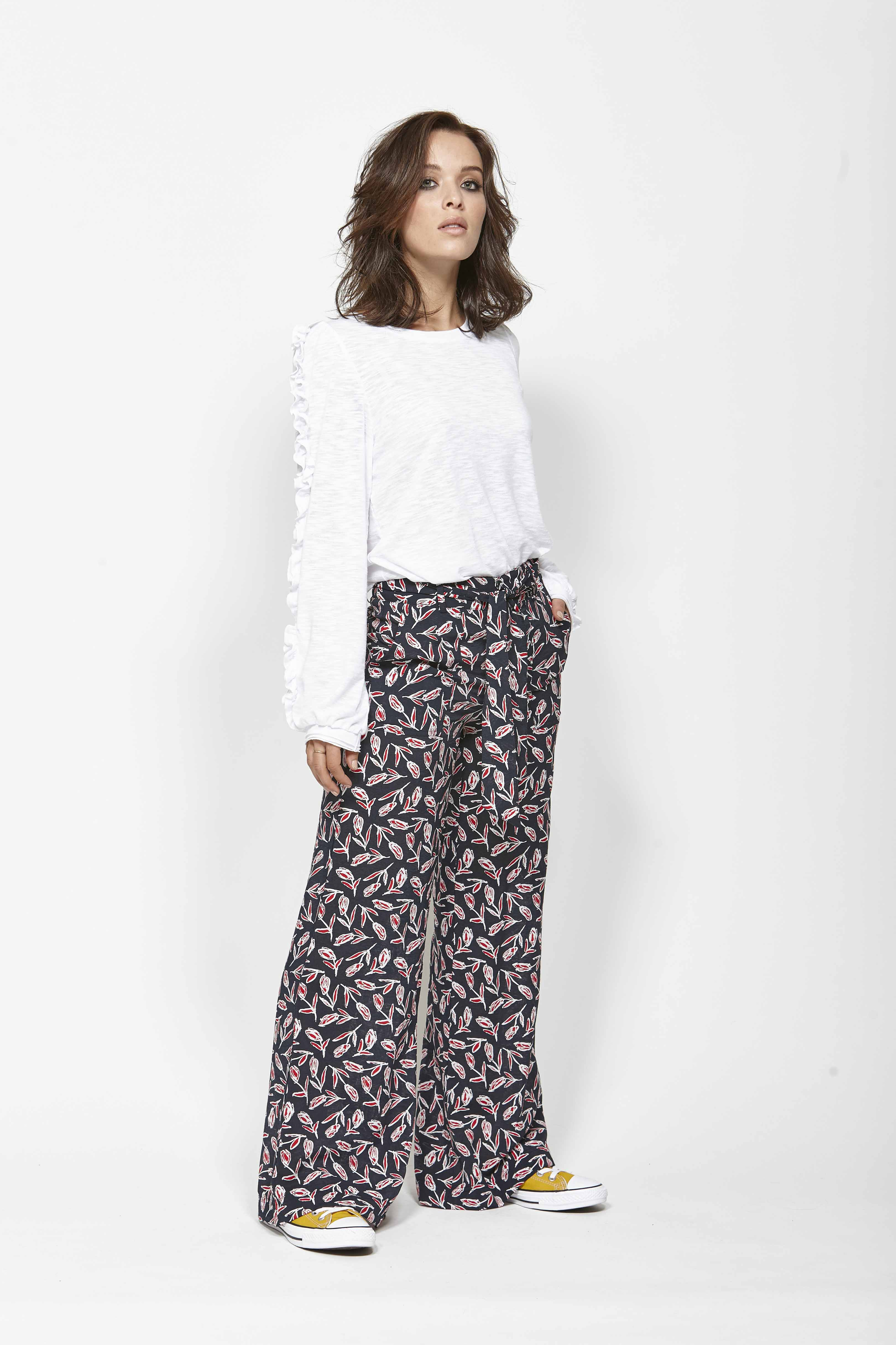 LEO+BE LB1375 Ruffle Tee, RRP$115.00 & LEO+BE LB1381 Forward Pant, RRP$159.00