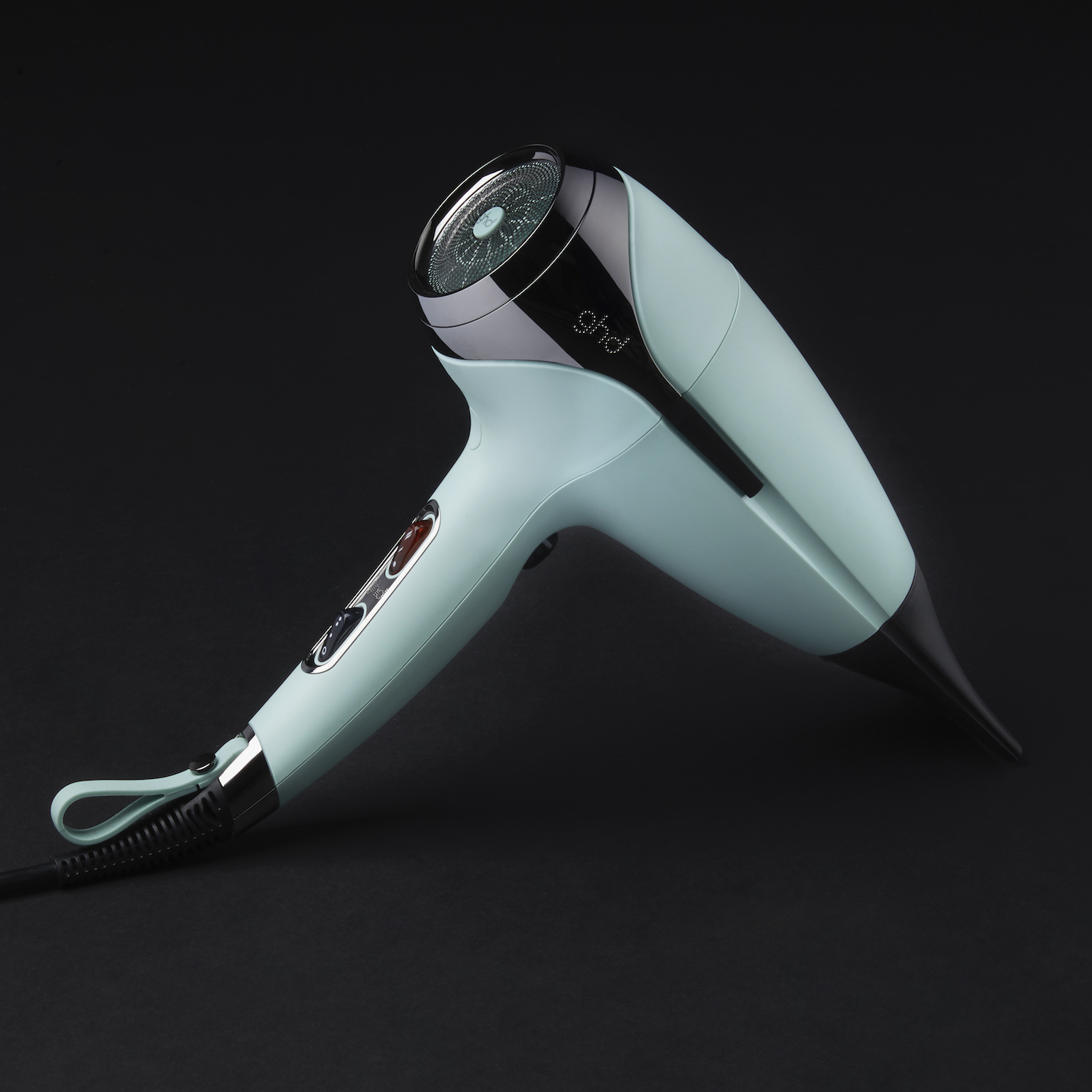 ghd Upbeat Collection helios professional hairdryer_Campaign Imagery_Neo-Mint (1)