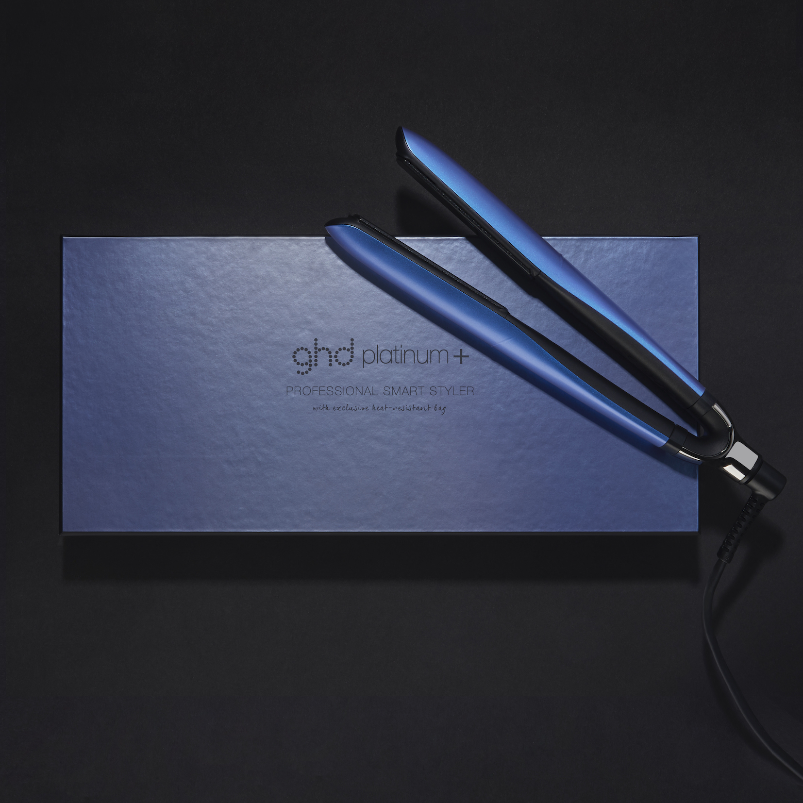 ghd Upbeat Collection platinum+ styler_Campaign Imagery_Cobalt Blue (4)