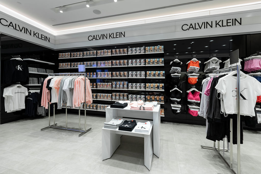 Calvin Klein Commercial Bay 3