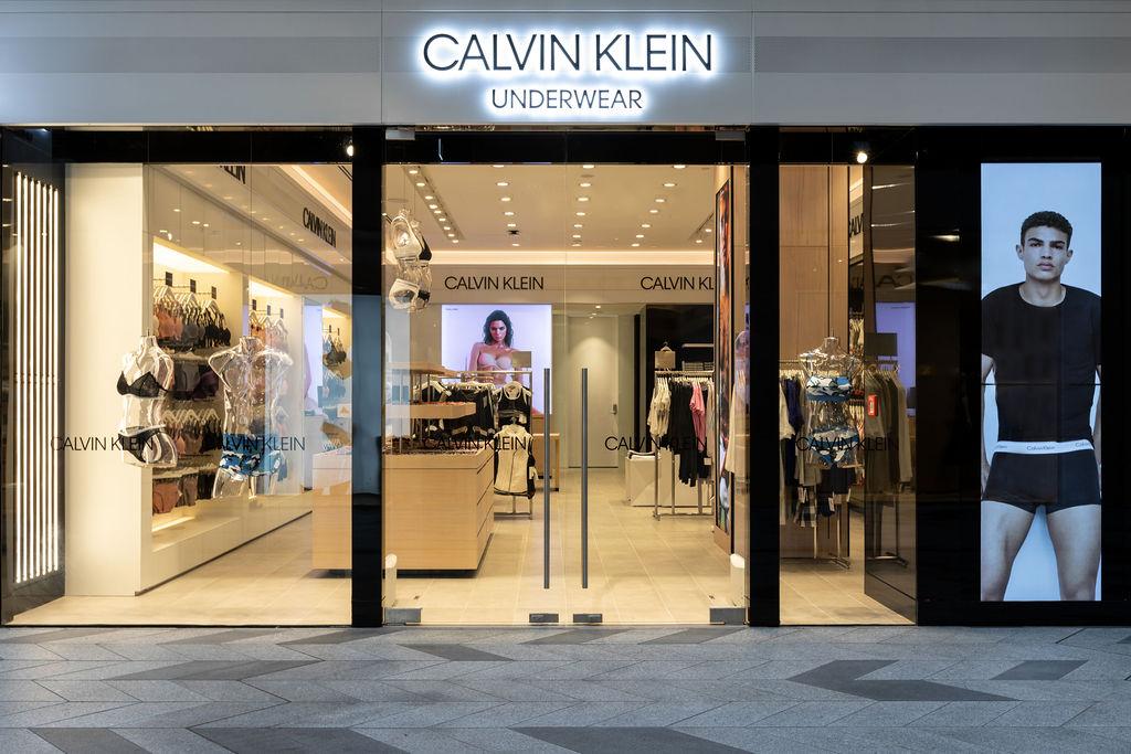 Calvin Klein Commercial Bay 9